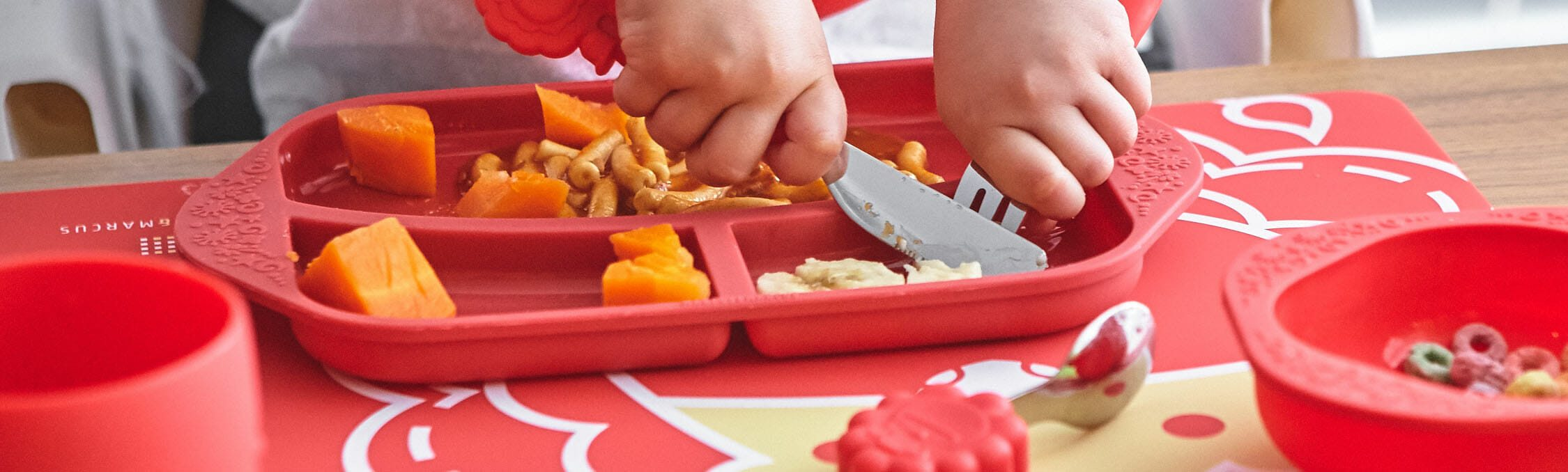 Marcus Marcus MARCUS RED LION Cutlery / Utensil Set bpa/phthalate free and very handy.